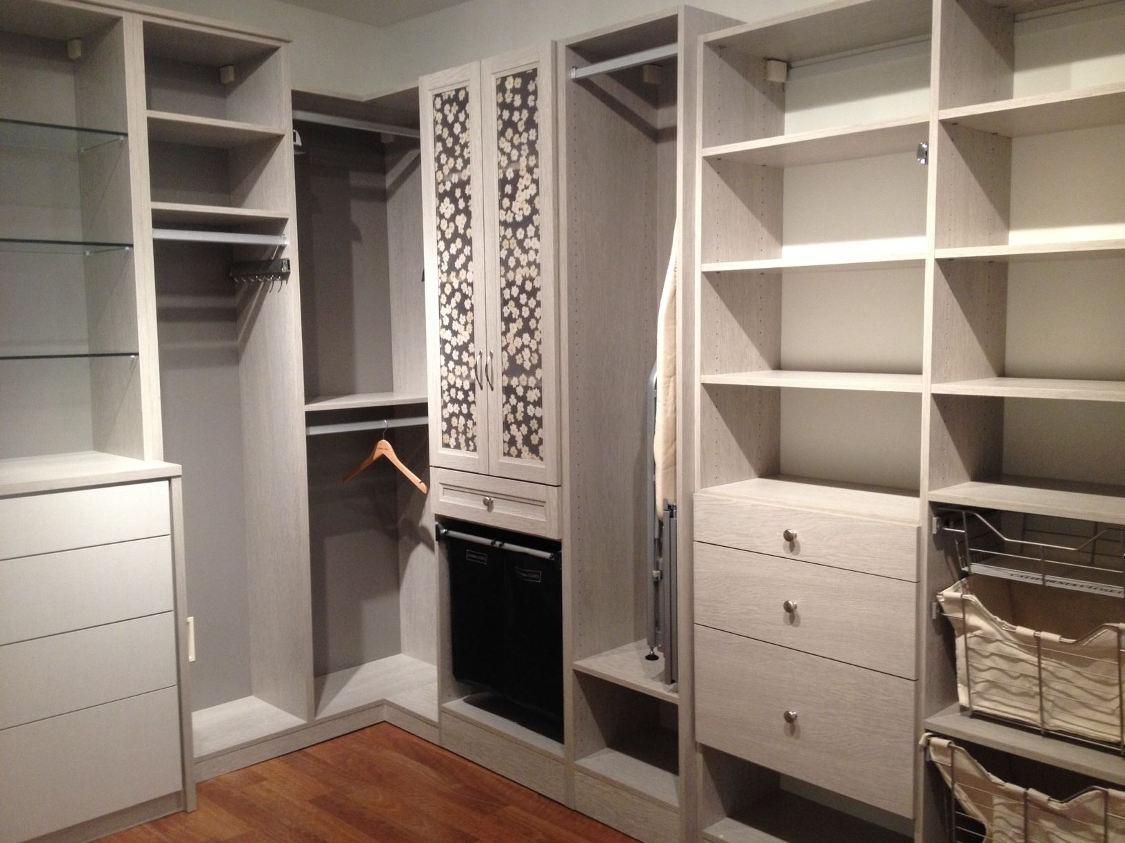 Simplicity Meets Style California Closets Closet Designs Home