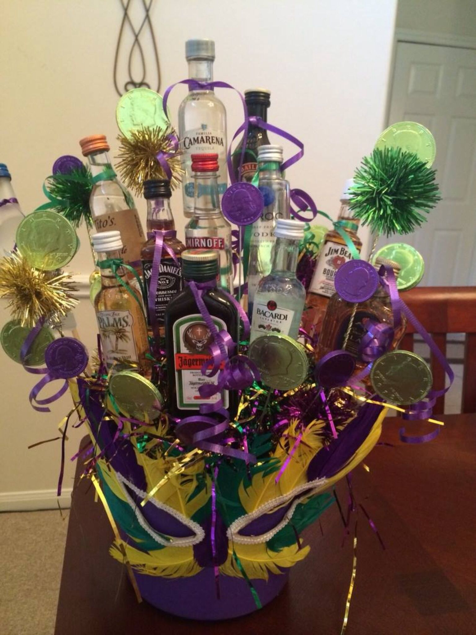 liquor bouquet liquor bouquet raffle ideas raffle baskets candy boutique fundraising