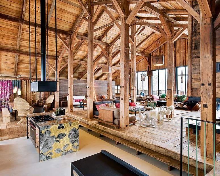 Charpente Apparente Salon ethnic wooden style living room and kichen salon au style chalet