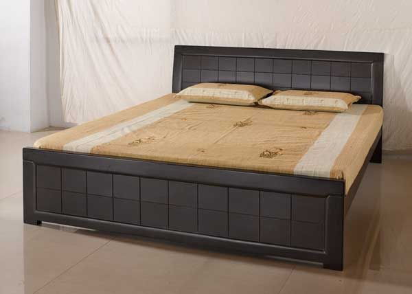 A Teak Wood King Size Bed Which Can Be A Perfect Gift For