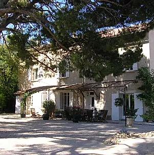 Location Maison Provence Location Gite Provence Luberon Mas Saint Gens En 2020 Location Maison Provence Gites Provence Location Gite