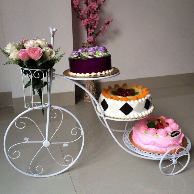 21 Brilliant Image Of Birthday Cake Big Size Images Large Cake Stands Wedding Cake Stands Cool Birthday Cakes