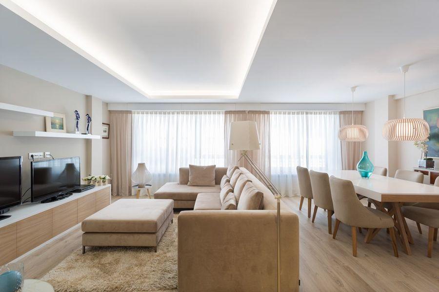 REFORMA VIVIENDA ESTILO NÓRDICO EN A CORUÑA en #hogarhabitissimo reforma integral de vivienda con tonos nude y estilo #nordic. #salon