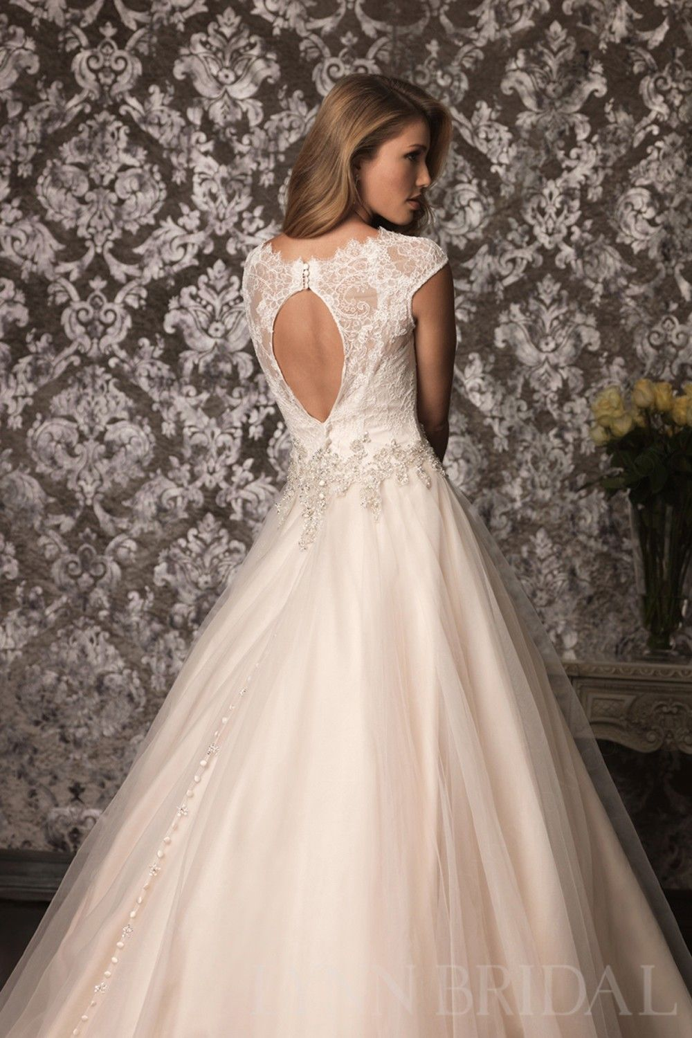 Classic princess bateau cap sleeves open back lace tulle wedding
