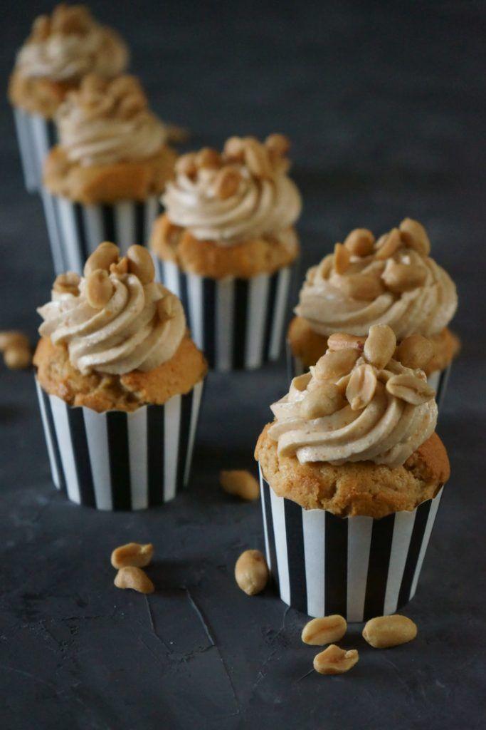 Erdnussbutter-Cupcakes mit Erdnusscreme - Lissi's Passion #cinnamonsugarcookies