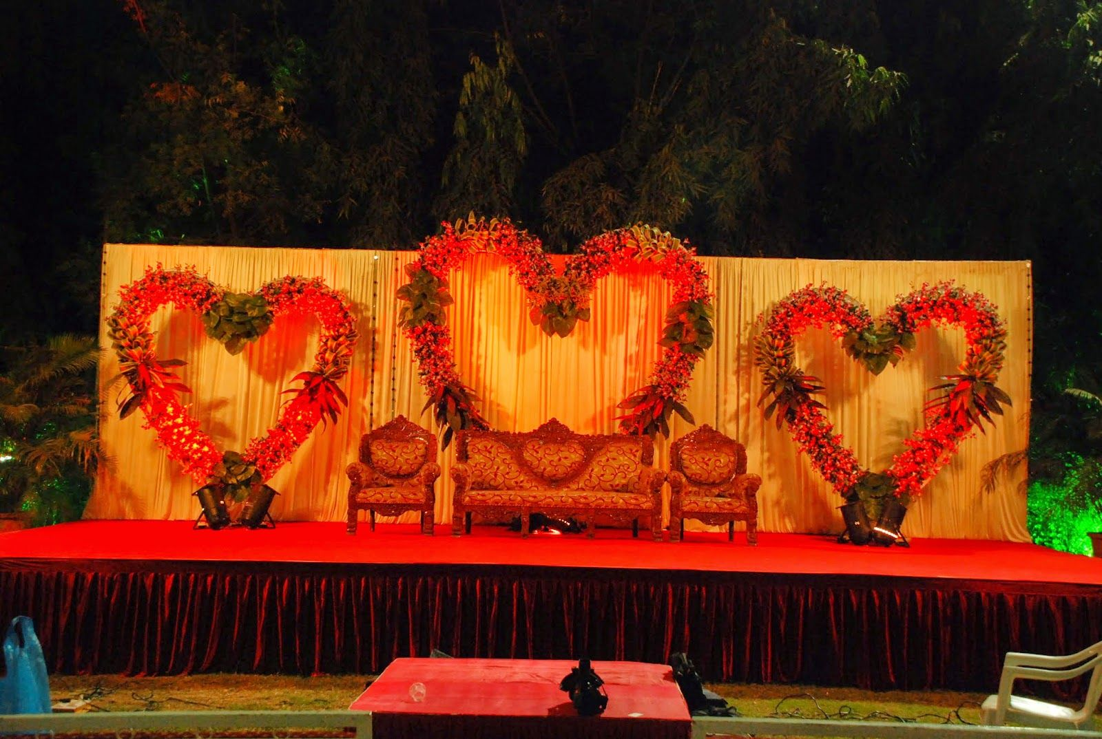 Wedding mandap decoration service provider in ahmedabad by het wedding mandap decoration service provider in ahmedabad by het decorators latest mandap decoration for ring junglespirit