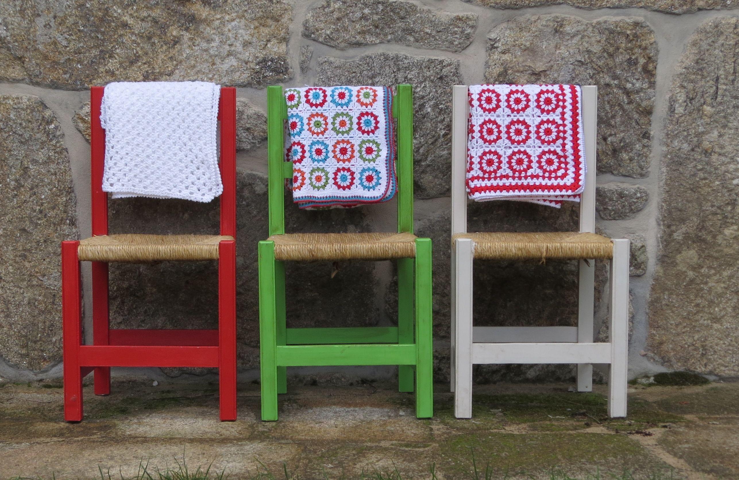 sillas en el patio