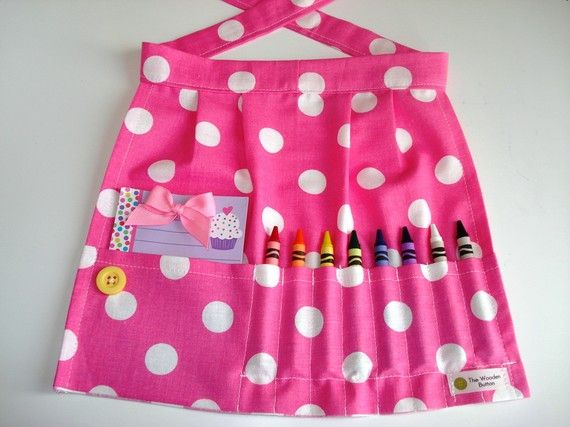 I heart these craft aprons for the girls :)