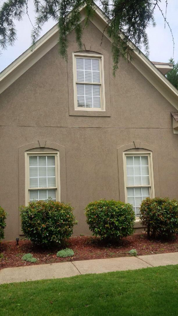 After photo house paint sw 6151 quiver tan trim paint sw 6149 relaxed khak residential for Sherwin williams paint colors exterior