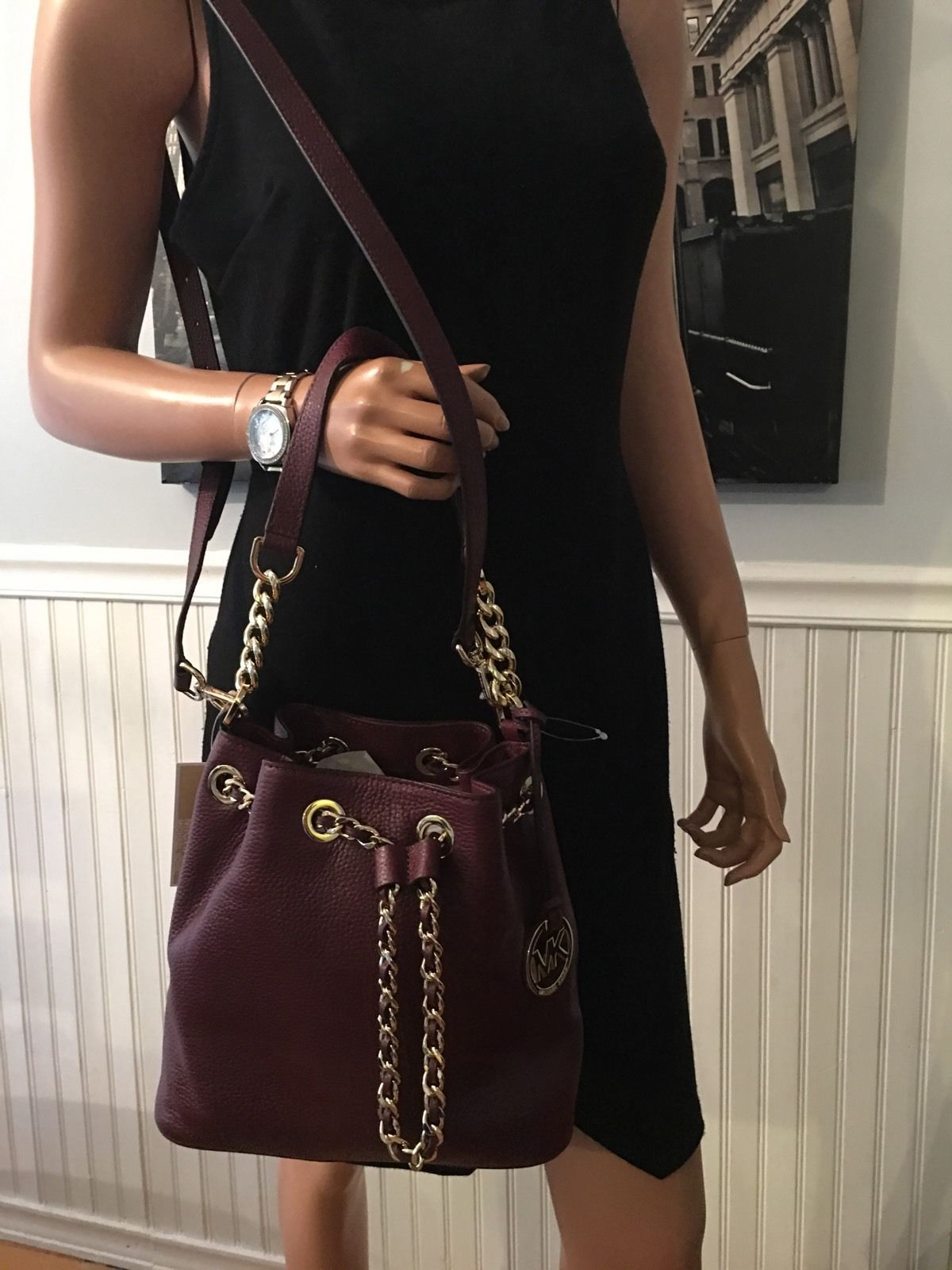 4cca3e48edc276 ... NWT Michael Kors Frankie Medium Drawstring Messenger Merlot Leather Bag  298 164.95 ...