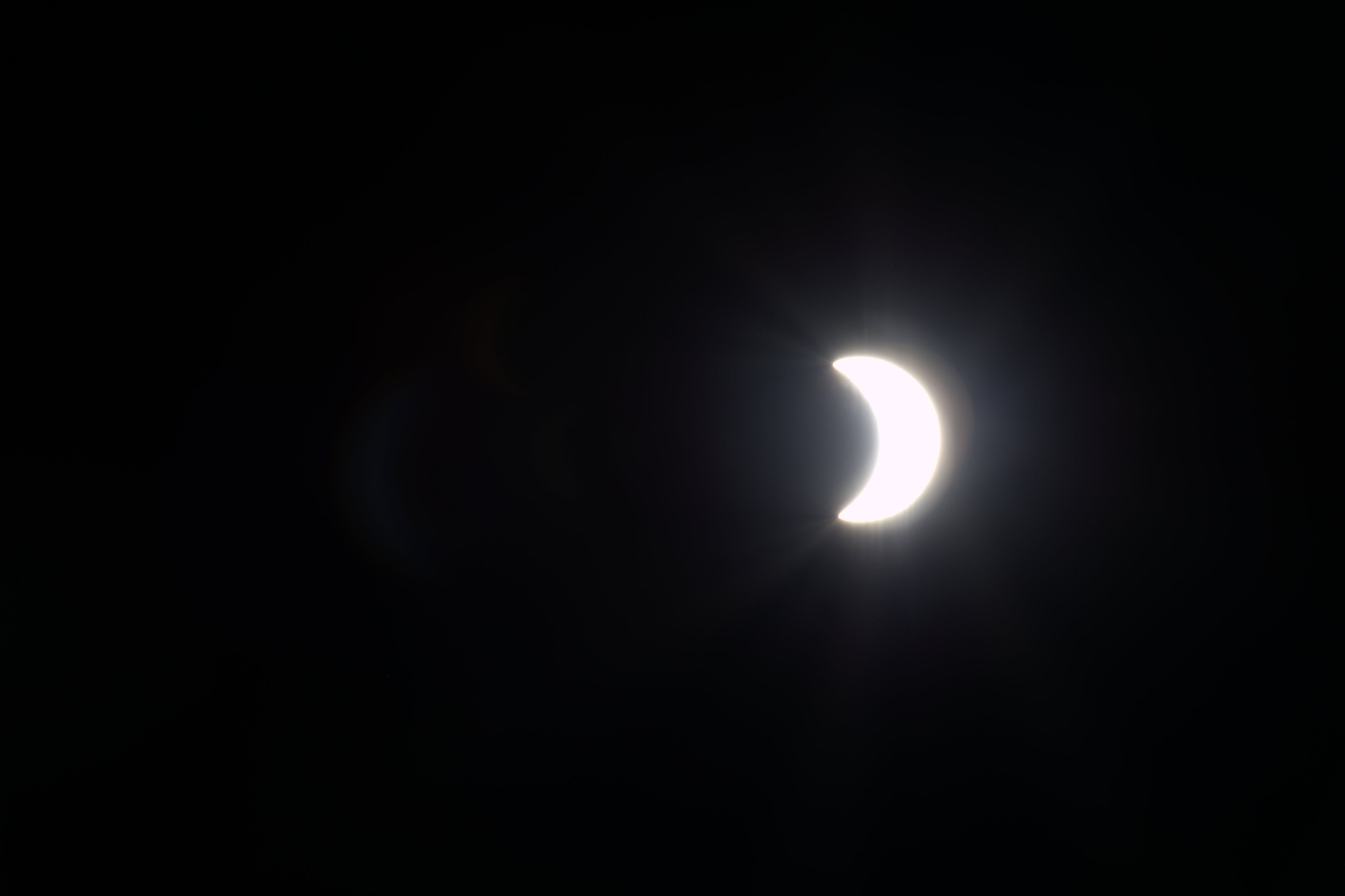 Fotos: o eclipse solar em diversas cidades do mundo