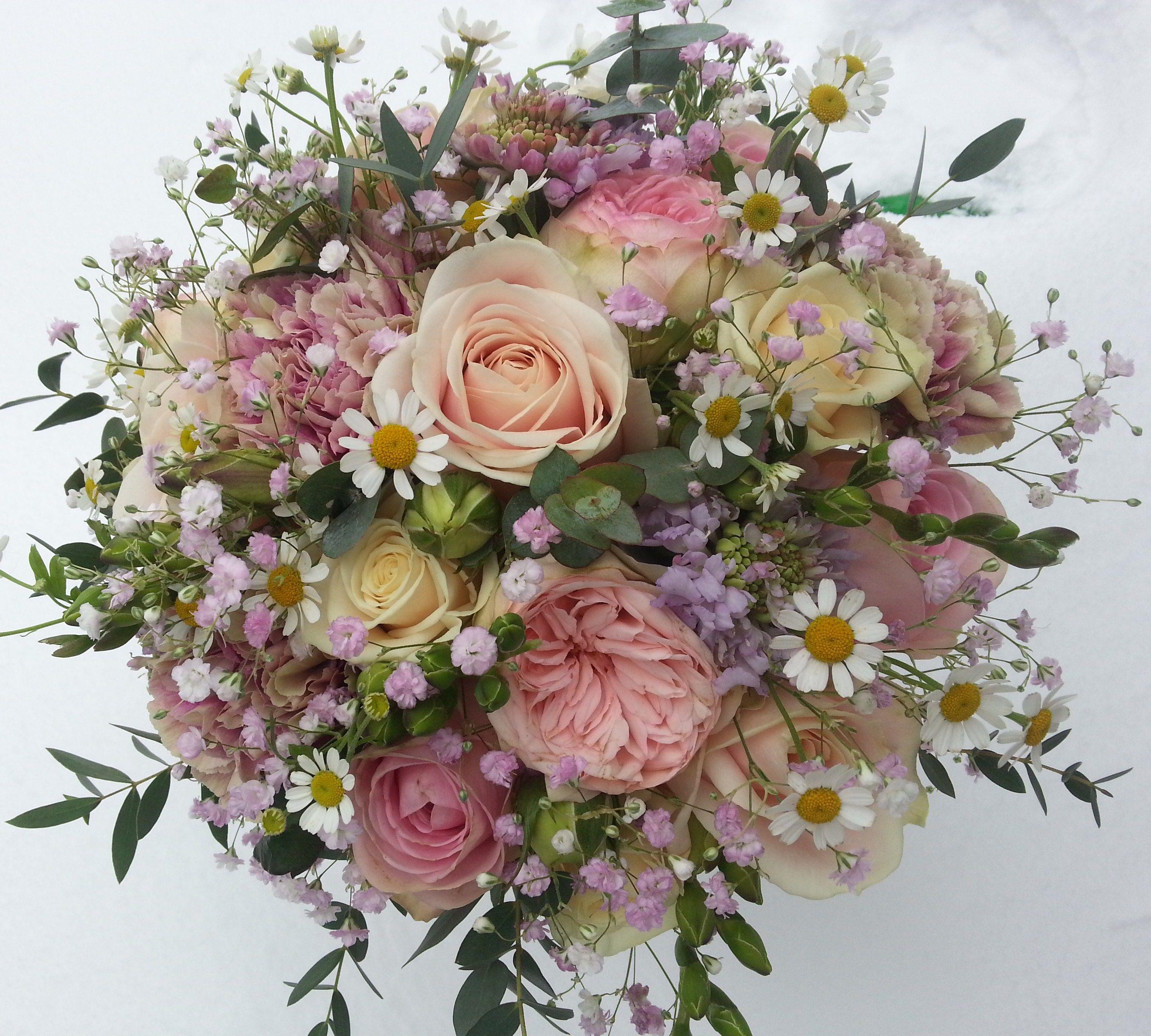 little flowers - Buscar con Google | WREATHS | Pinterest | Flowers ...