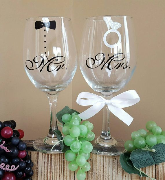Mr And Mrs Wine Gless With Tuxedo Ring Gles
