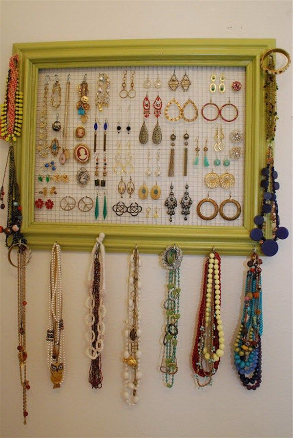 30 Brilliant DIY Jewelry Storage Display Ideas Chicken wire