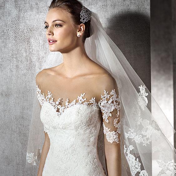 500f4a6c6aec Wedding Dress   Fe'Amor Bridal Boutique   Wedding Guide   Mother of ...