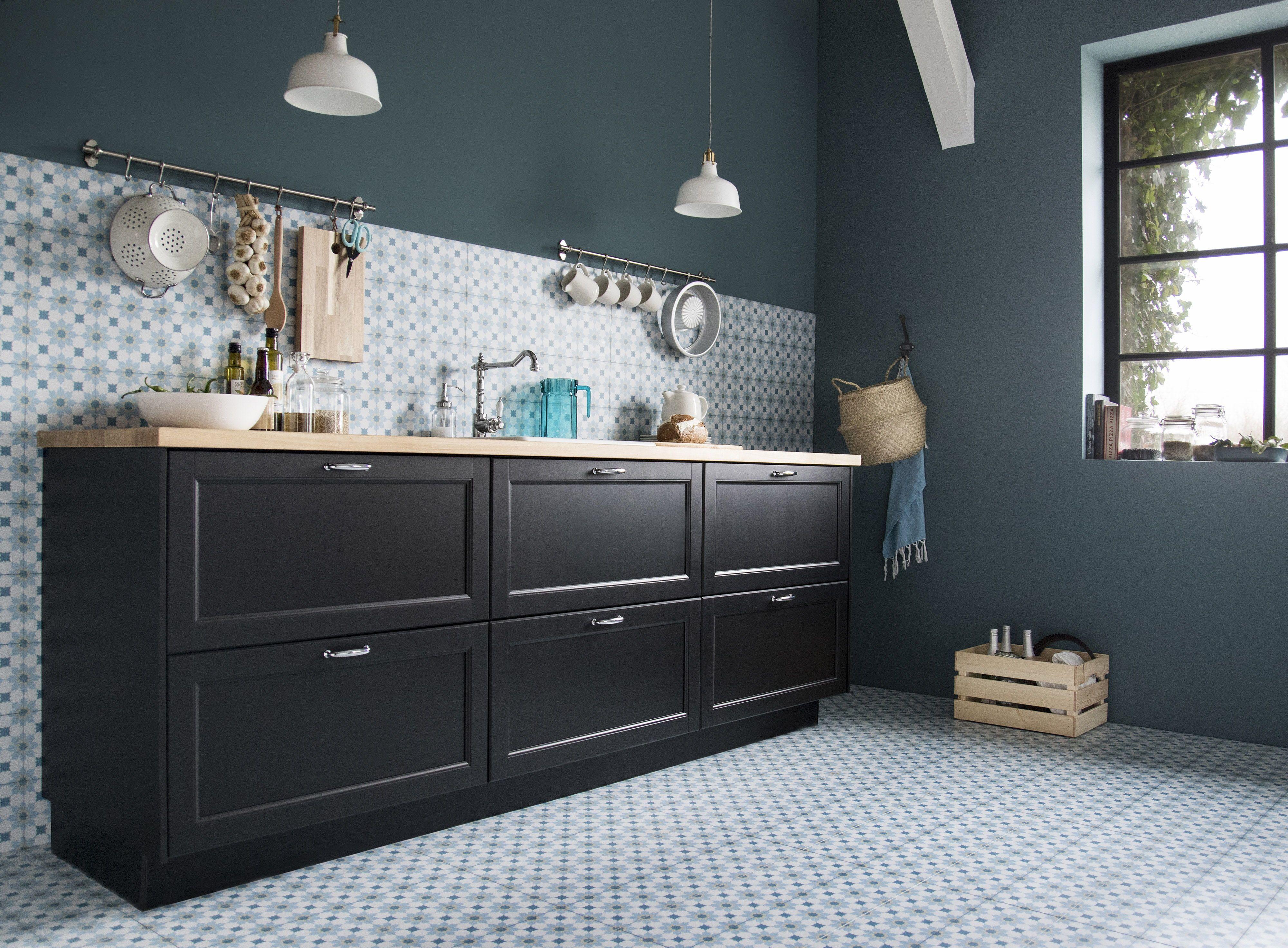 Keuken Tegels Ikea : Lerhyttan deur zwart gelazuurd in keukens