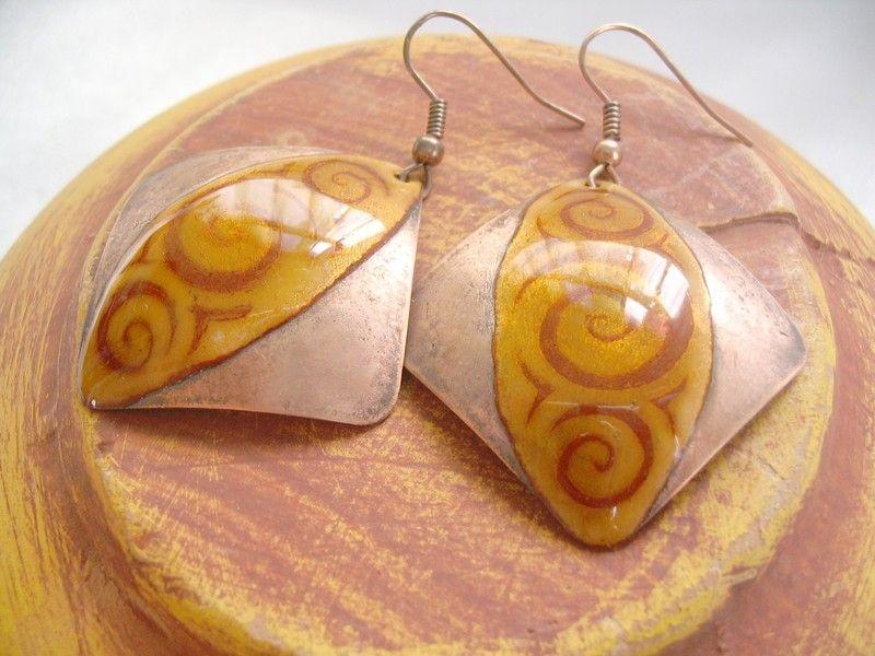 Pendenti - brown enamel earrings, square - un prodotto unico di katasthings su DaWanda