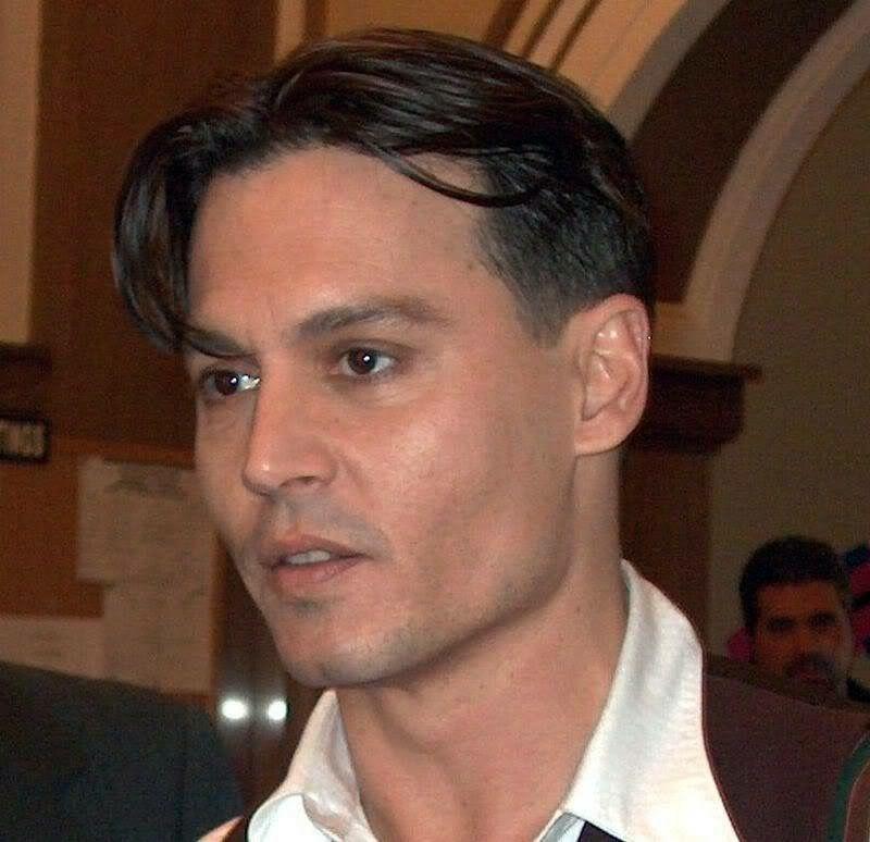Pin By Martha On Johnny Depp Beautiful Man Johnny Depp Haircut Johnny Depp Hairstyle Johnny Depp