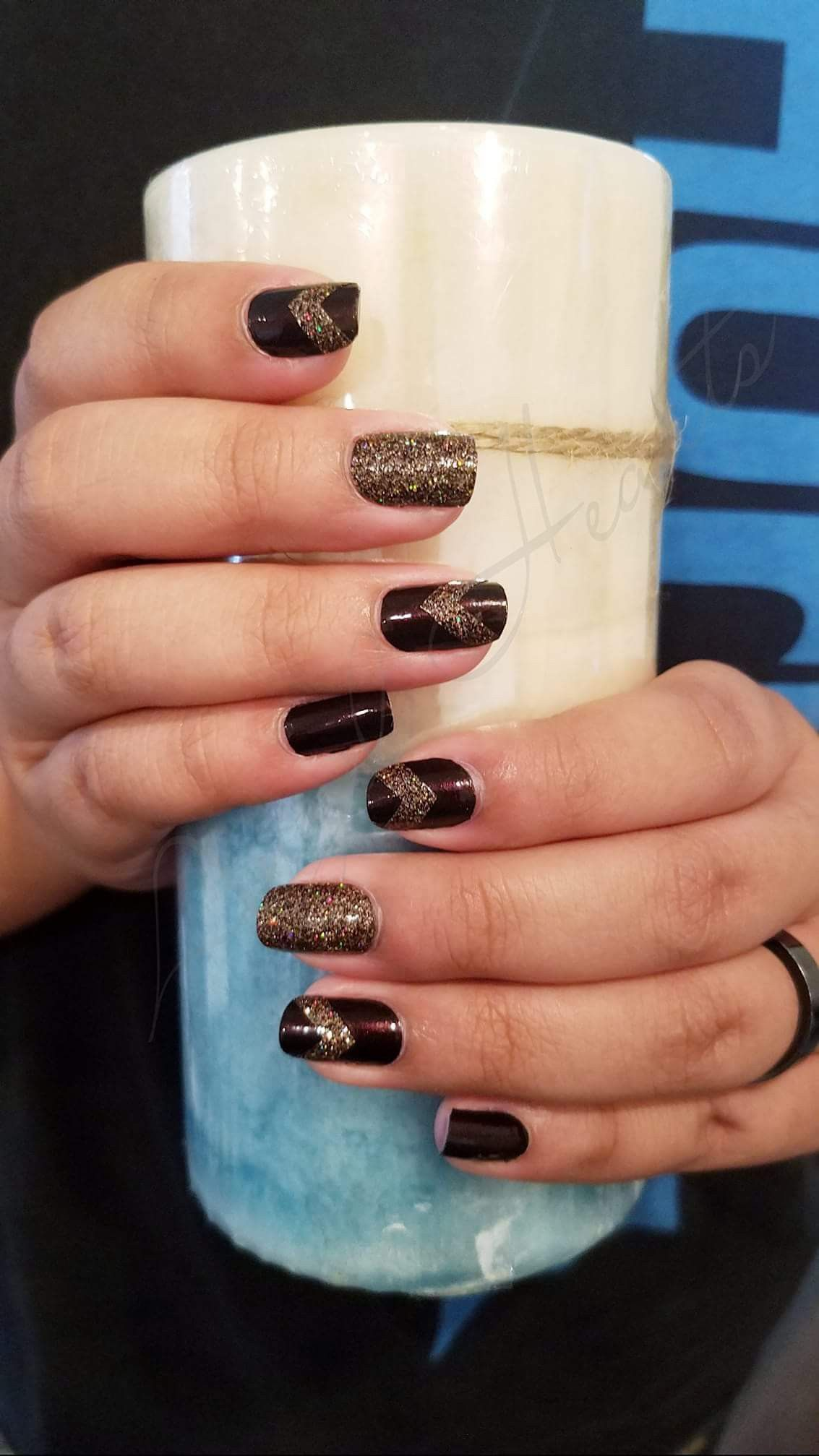 What A Spectacular Fall Set Using Color Street Made In Milan Solid From The Fall Collection With Glitter Color Street Nails Nail Color Combos Diy Nails Color