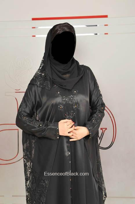 Dubai Abayas This One Is Perfect Eid Abayas With Images Arab