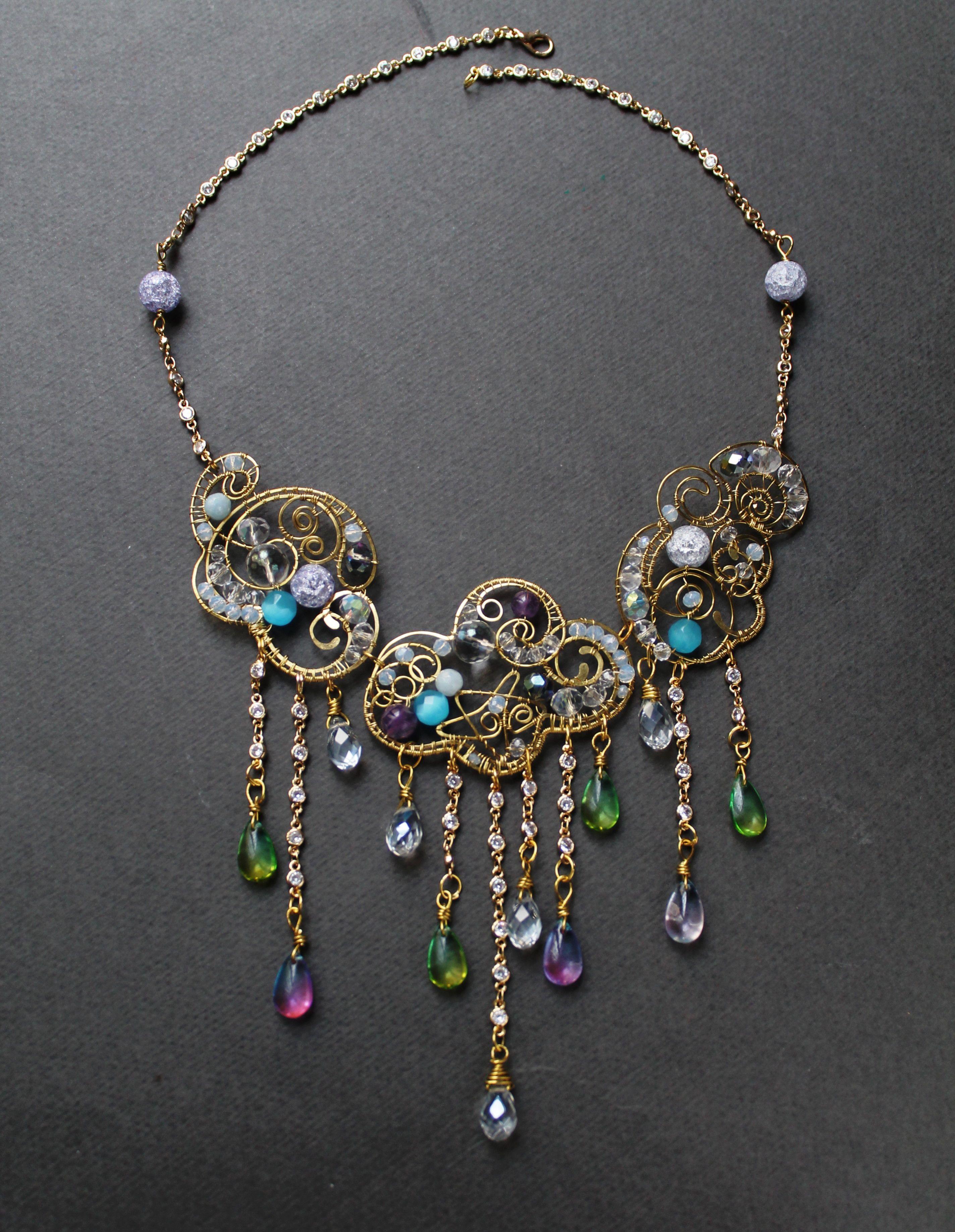 Purple crystal bracelet ~ boho ~ bohemian ~ elegant bracelet ~ shiny ~ bright beaded bracelet ~ goth bracelet ~ vintage look ~ victorian