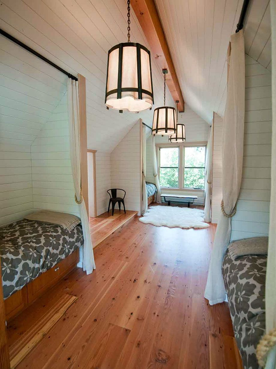 holly-beach-cottage-4 - these alcoves are neat. keep the bed in one side and put a desk set up the other, maybe some glass walls to give some sound separation between the two ends but keep the light