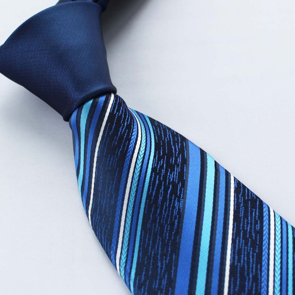 Blue Contrast Knot Tie Set by Paul Malone