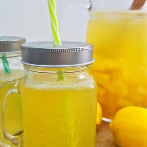 Need a refreshing sparkling lemonade idea? Treat your taste buds with a cold pineapple lemonade! This delicious lemonade punch will leave you feeling energized and vibrant, perfect summer drink! #easypeasycreativeideas #drinks #pineapple #lemonade #sparkling #summerdrinks #summerrecipes #refreshing #pineapplelemonade Need a refreshing sparkling lemonade idea? Treat your taste buds with a cold pineapple lemonade! This delicious lemonade punch will leave you feeling energized and vibrant, perfec #pineapplelemonade
