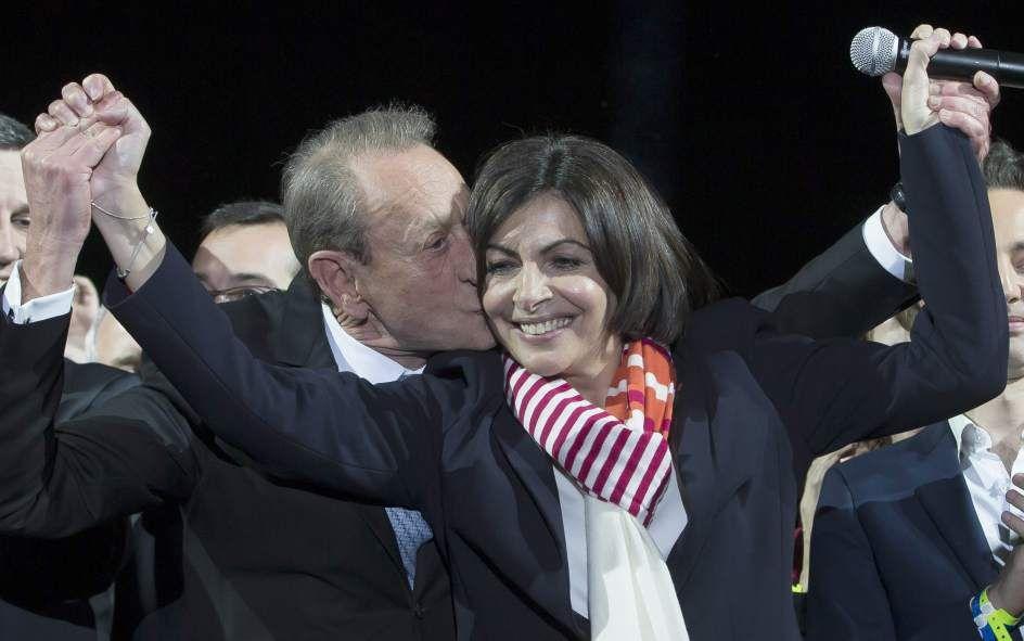 """3 Abr 2014   NUEVA ALCALDEZA DE PARIS, NACIDA EN ESPAÑA - """"Así es la gaditana Anne Hidalgo, primera mujer que alcanza la Alcaldía de París""""   20minutos.es"""
