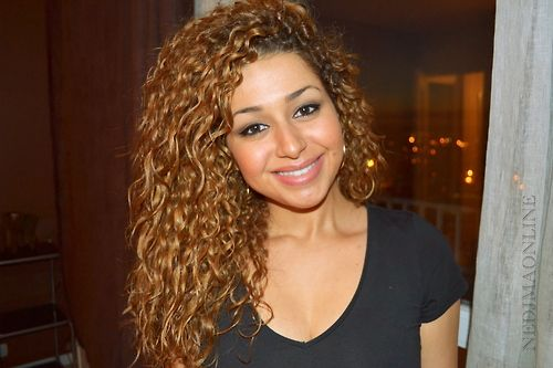Classy hairstyles for naturally curly hair