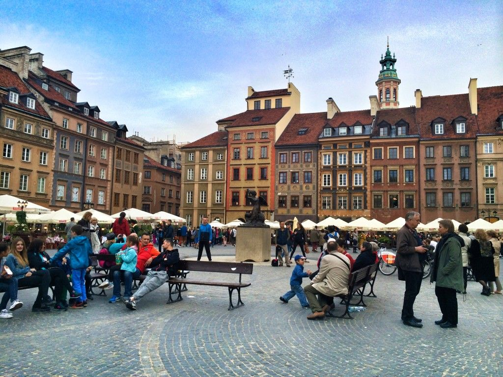 Here's your Warsaw City Guide, complete with what to do & see, where to eat & stay and how to save money while visiting.