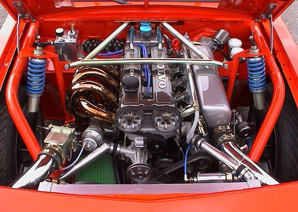 Nice looking B234, turbocharged and supercharged and slid