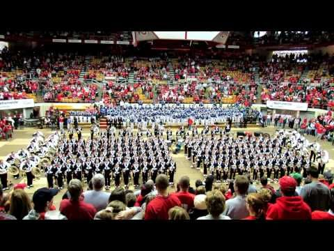 The Ohio State University Marching Band sings