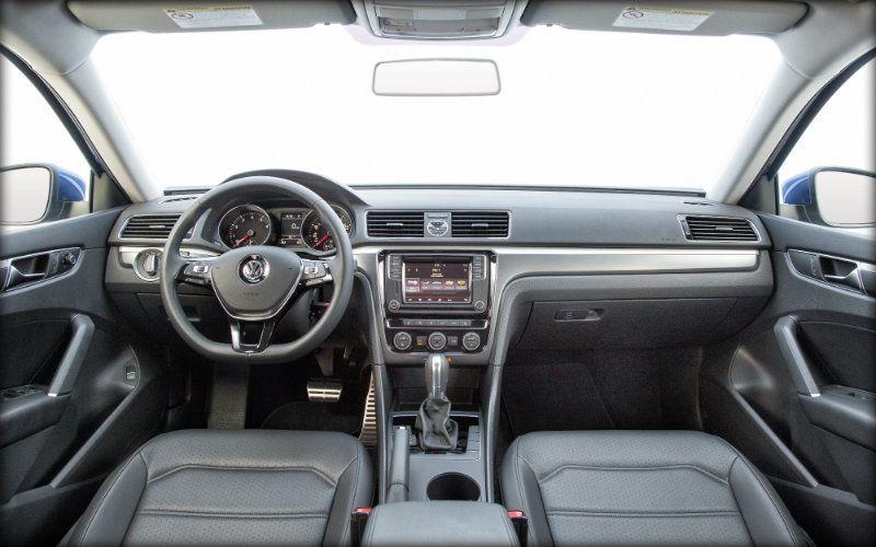 Awesome Vw Passat R Line 2017 Interior And View In 2020 Volkswagen Golf Volkswagen Vw Passat