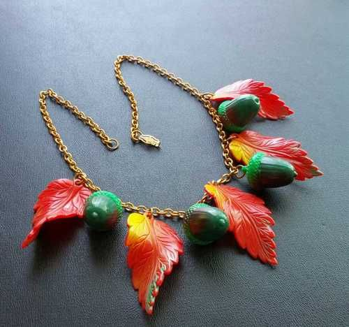necklace molded celluloid leaf & acorn