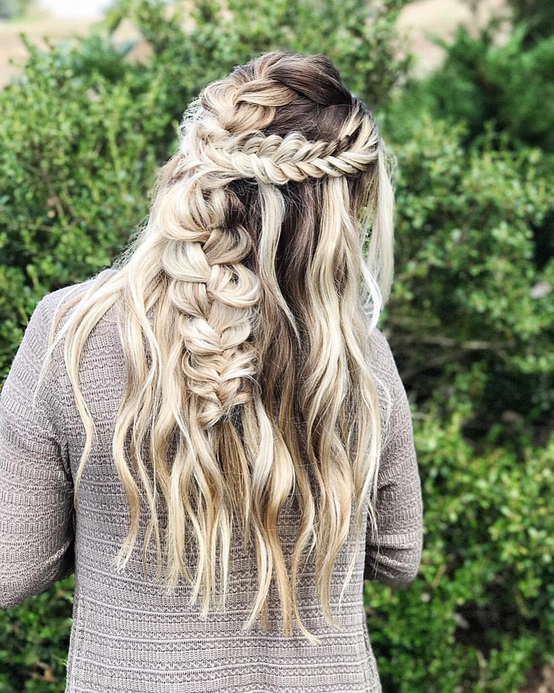 Messy Boho Braid Hairstyles to Try , fishtail braid half up half down hairstyle,Boho Hairstyles Ideas#hairstyle #boho