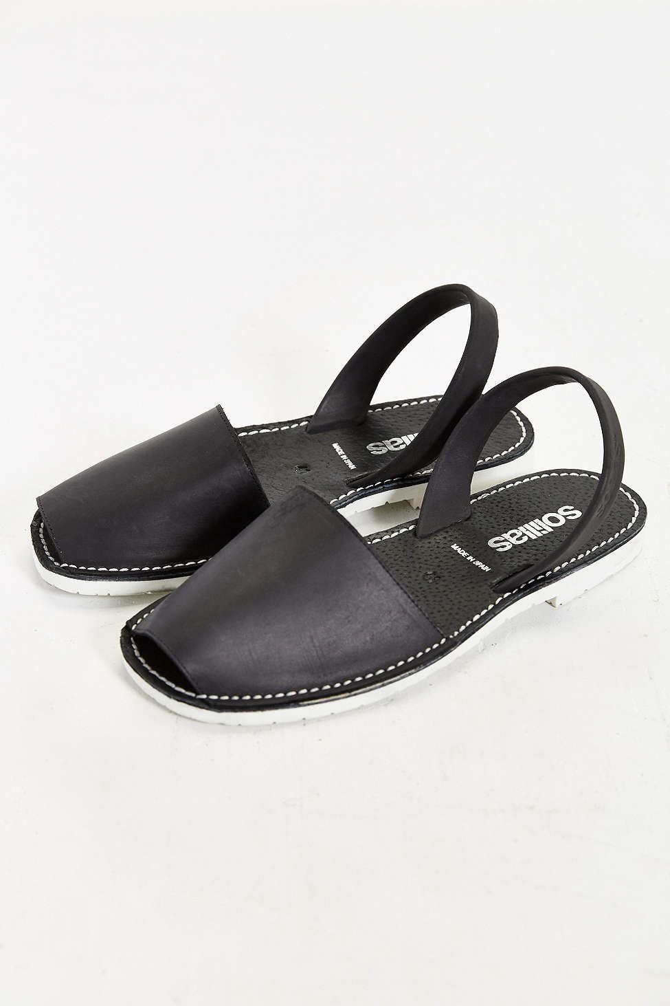 b5a732c06521 Solillas Negro Mens Sandal - Urban Outfitters