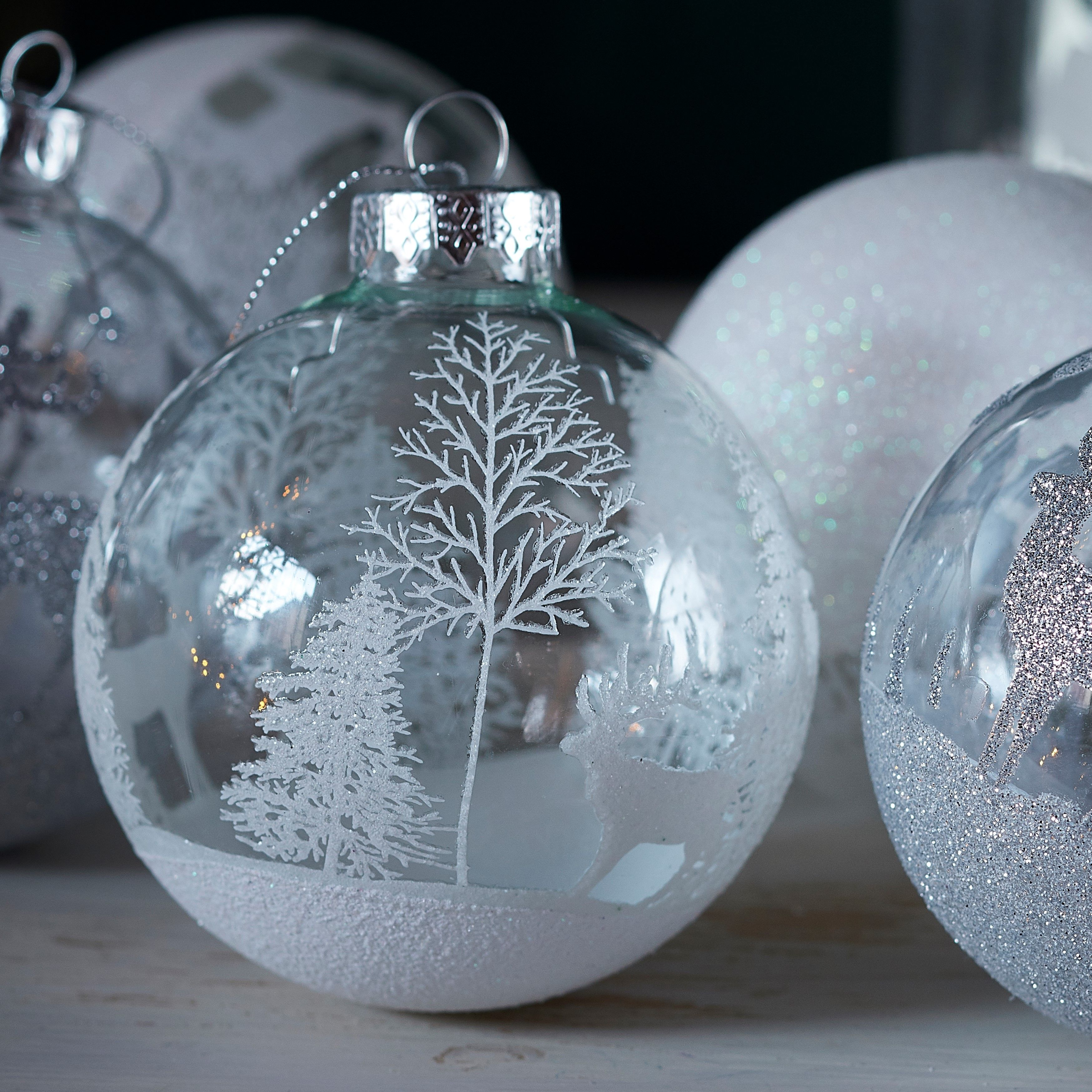 Christmas Tree Decoration Glass Bauble Decoration Unicorn Beautiful Ornament