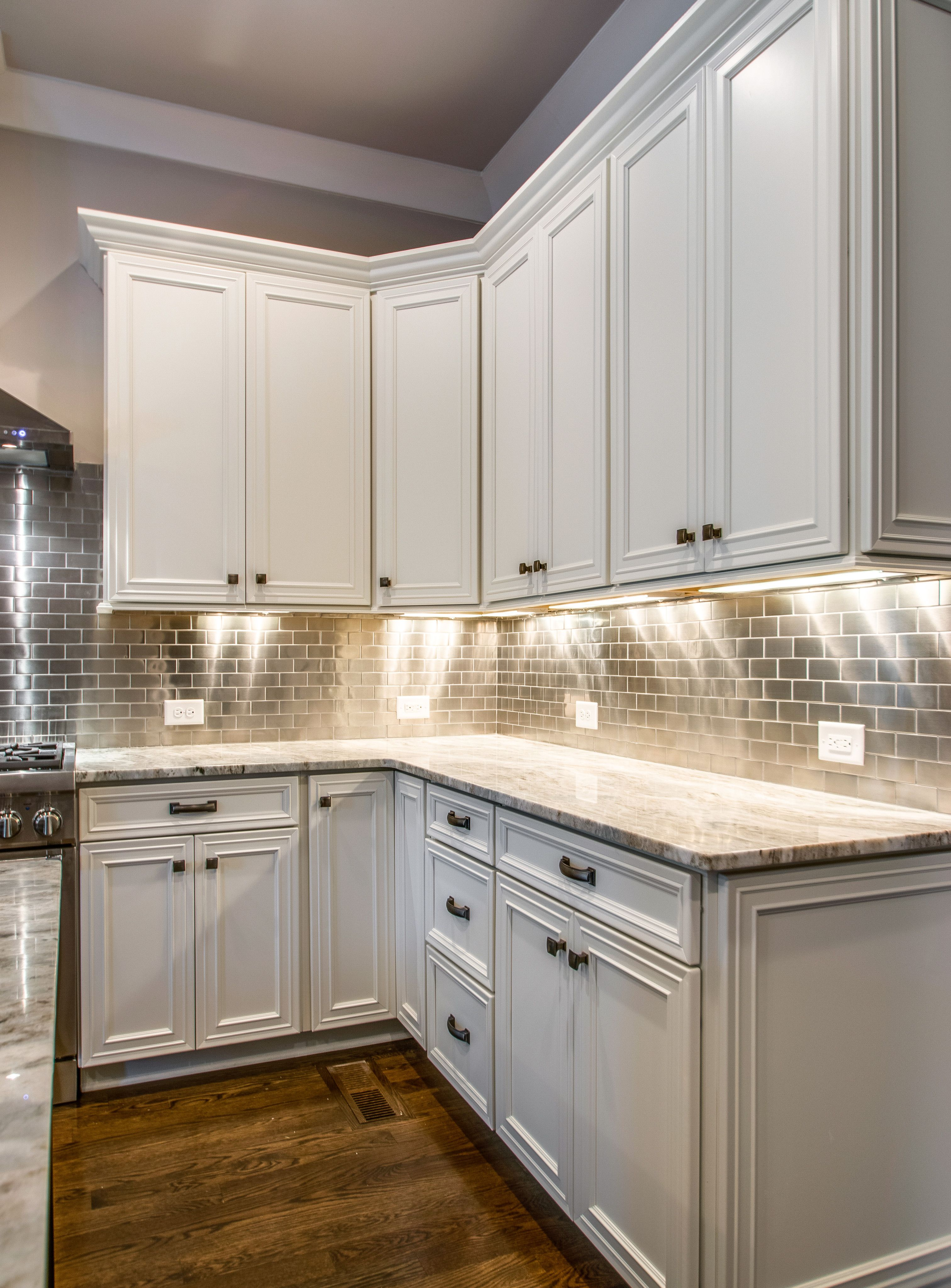 Like The Under Cabinet Lighting Kitchen Ideas In 2019