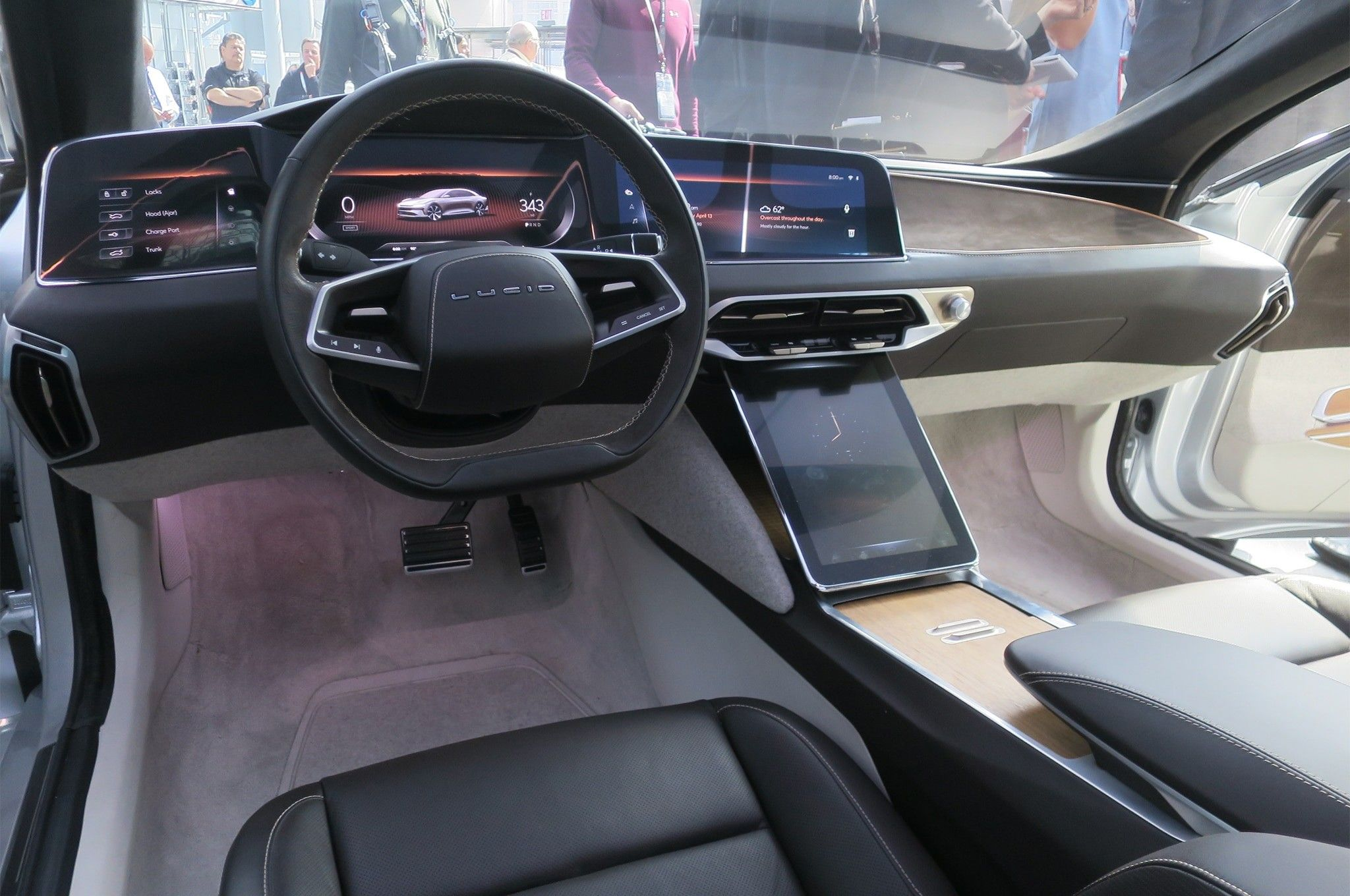 2019 Lucid Air First Look: Electro-Demon - Motor Trend ...