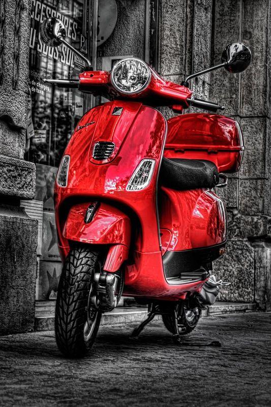 134d50a4b437e85ba1c83909ccccb252 Jpg 533 800 Pixels Red Vespa