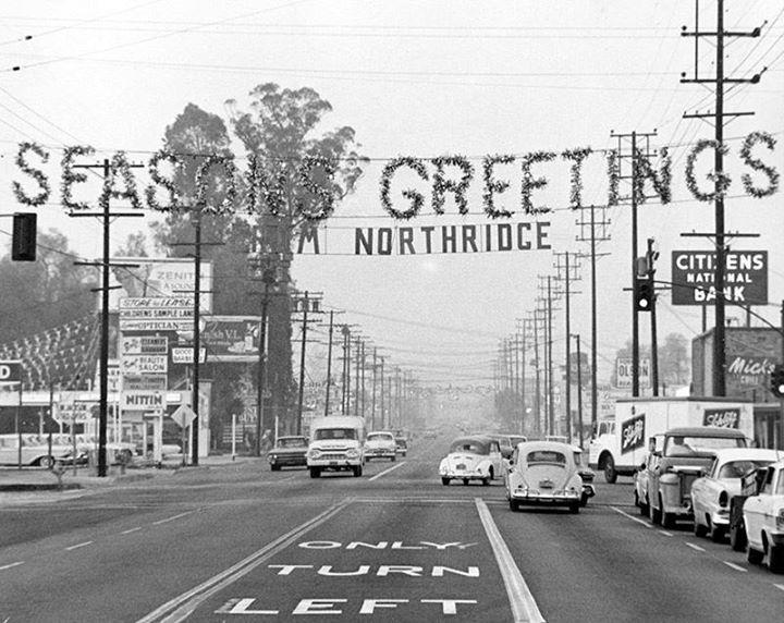 Christmas Decorations Hang Along Reseda Blvd At Roscoe Blvd In Northridge Photo Dated December 17 1962 Si San Fernando Valley Vintage Los Angeles Old Photos