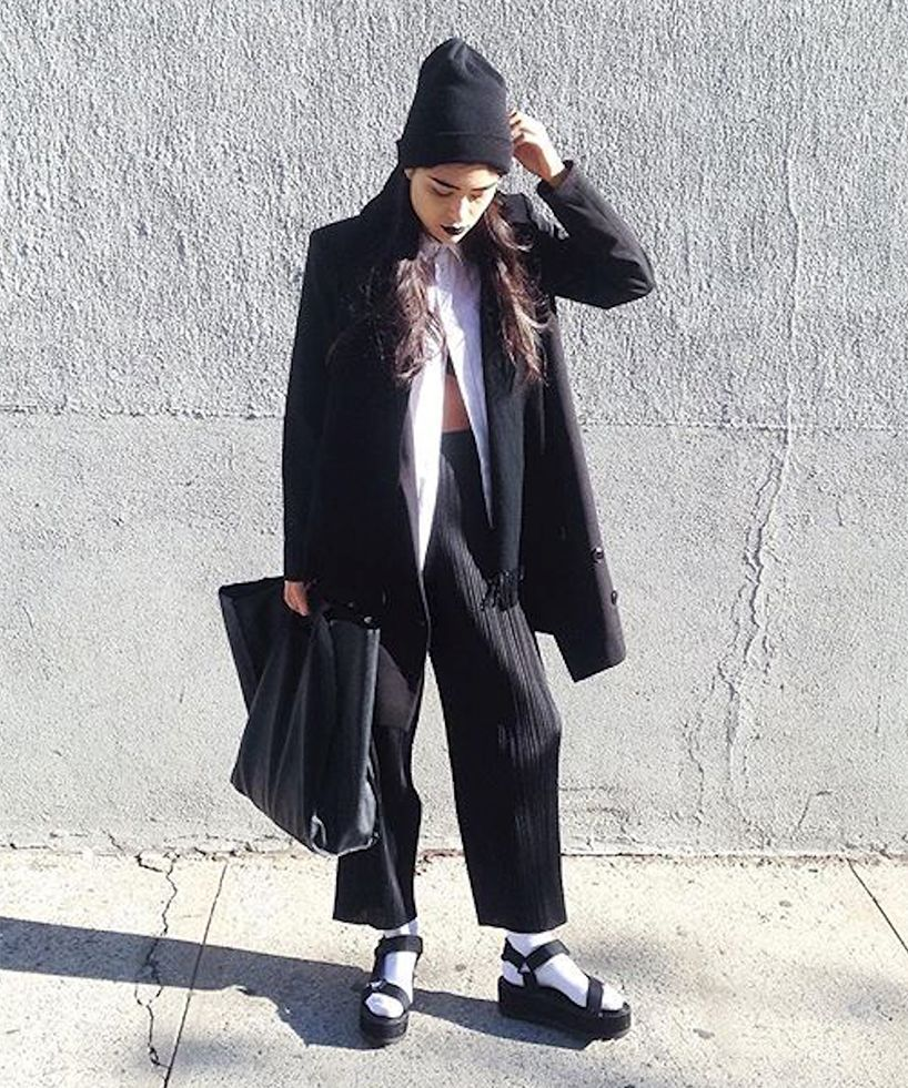 Forum on this topic: Heres How to Wear Your Black Staples , heres-how-to-wear-your-black-staples/
