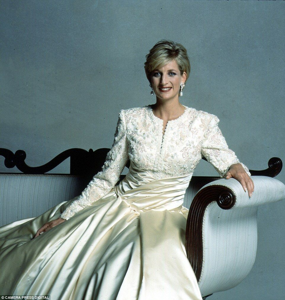 The Photographic Legacy Lord Snowdon Leaves As He Passes Away Princess Diana Fashion Princess Diana Family Princess Diana