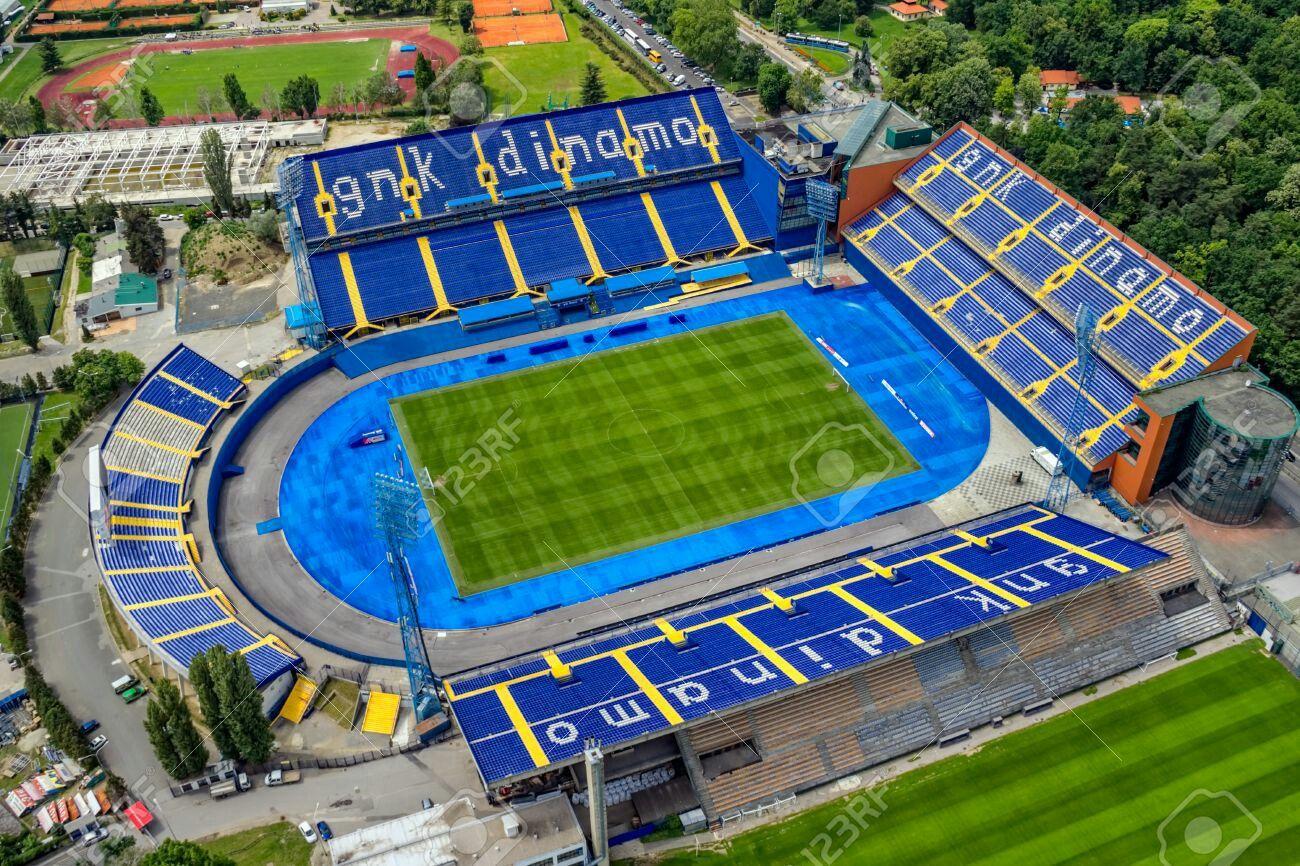 Pin En Estadios De Futbol
