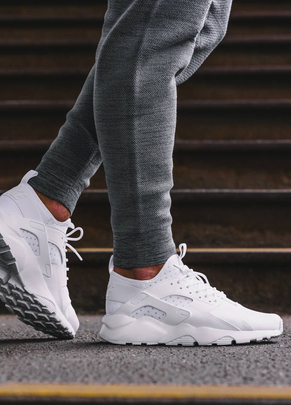 Nike Air Huarache Ultra Breathe 'Triple White'. Nike⁠Plus SNKRS