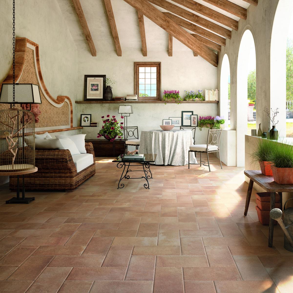 Terre estensi by cotto d 39 este tile flooring pavimenti for Pavimenti per soggiorno