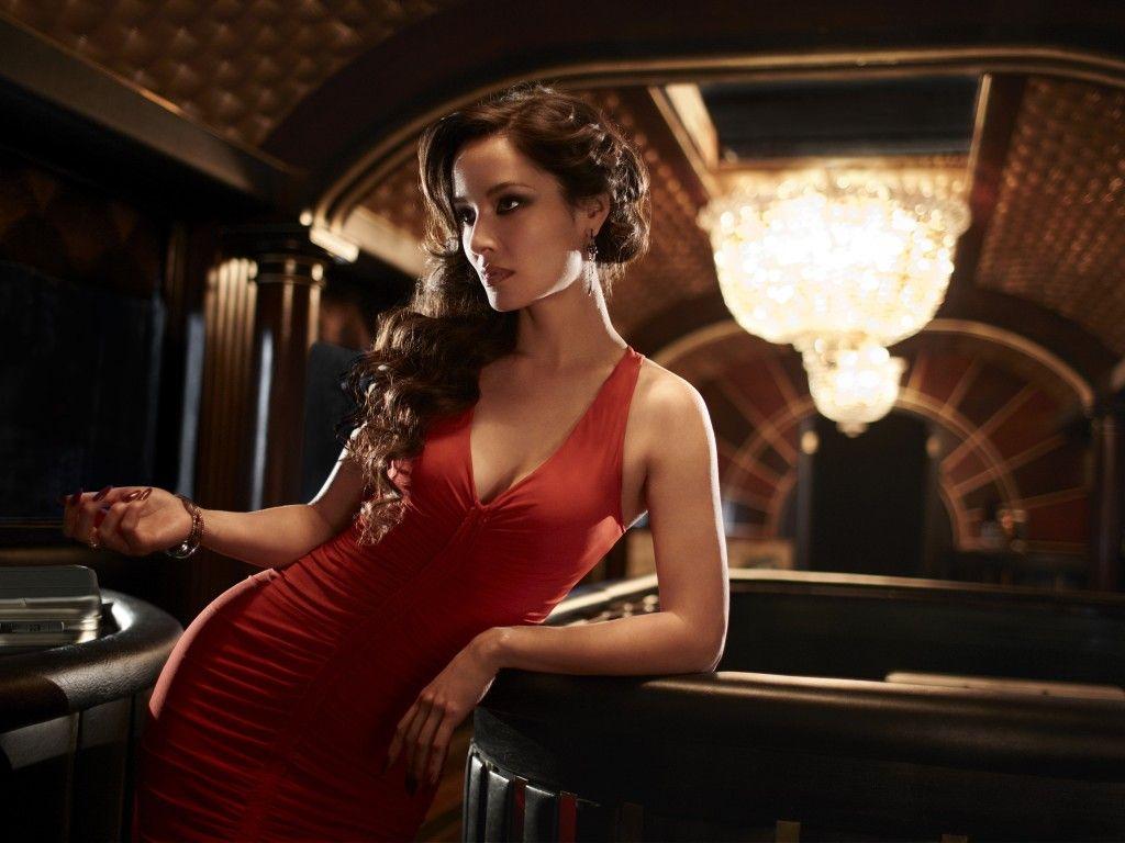 Bérénice Marlohe - Sévérine Casino Royale theme fashion ideas | That's so Chic! | Pinterest ...