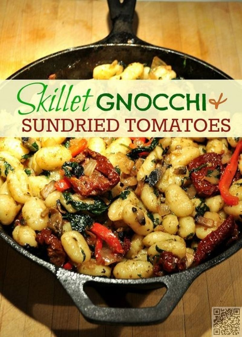 Skillet Gnocchi with Sundried Tomatoes, Spinach, Onion