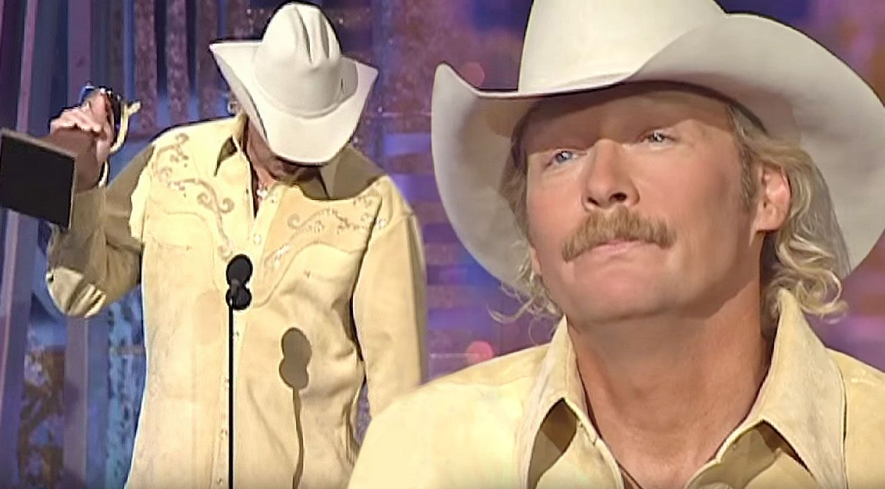 Alan Jackson Breaks Down During Song Of The Year Acceptance